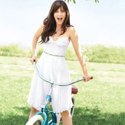 Zooey is the NEW GIRL