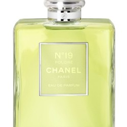 Chanel No 19 on August 19